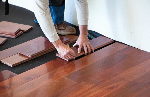 avoiding common hardwood flooring installation mistakes